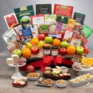 'Signature Series' Fruit and Gourmet Gift Basket