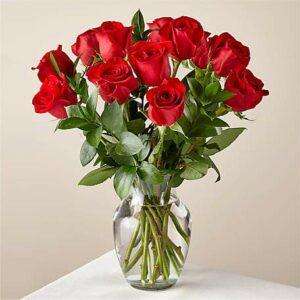 12 Red Roses Bouquet with Vase